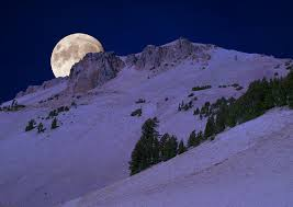 snow-moon1